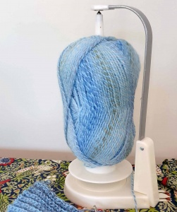 Wool Jeanie yarn holder